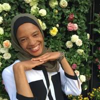 Kareemah Ashiru| @hijabiglobetrotter