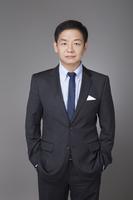 Yifan He