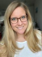 Annika Gabbert, Kinderkrankenpflegerin   Apex Social