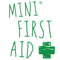 Lyndsey  @ Mini First Aid
