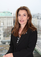 Dr. Sylva de Fluiter